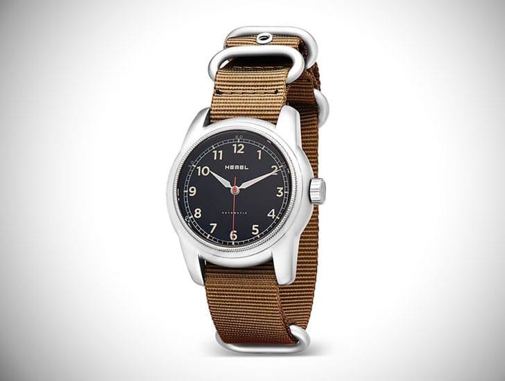 Hemel Tracker Watch