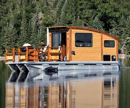 Le Korok Tiny House Boat