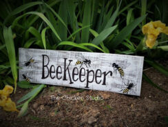 33 Funny & Unique Beekeeper Gifts for All Beekeepers