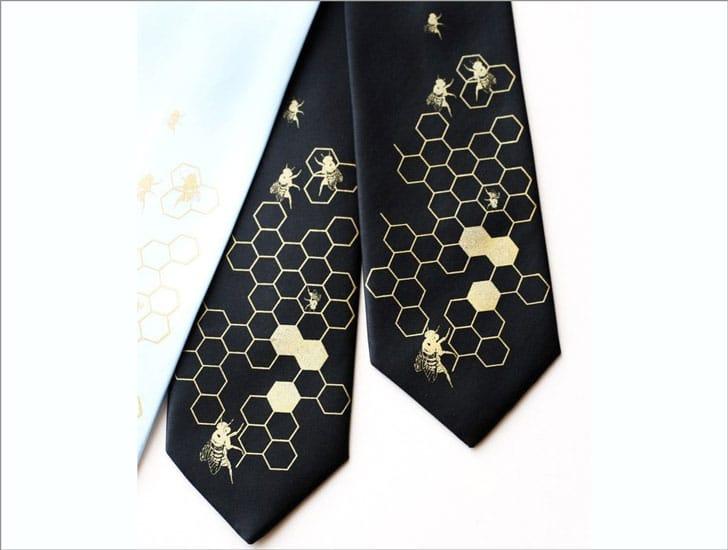 Oh Honey Beehive Necktie