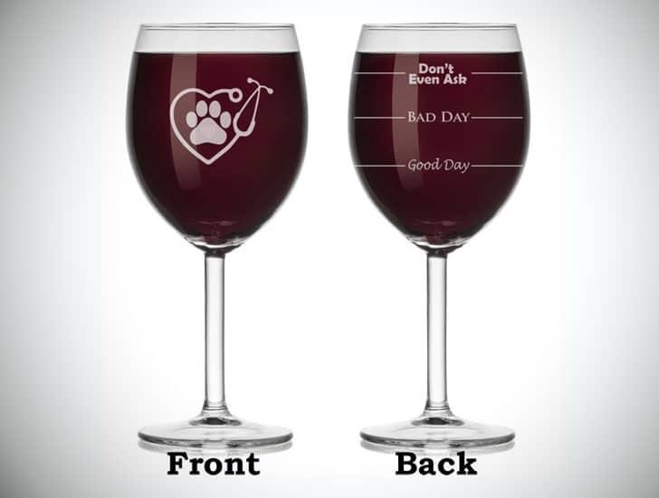 Heart & Stethoscope Funny Fill Line Veterinarian Wine Glass