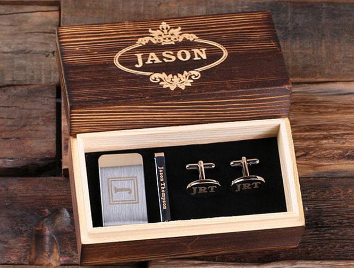 17 Personalized Gentlemans Gift Set