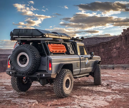 Roamr Jeep Gladiator Tomahawk - Awesome Stuff 365
