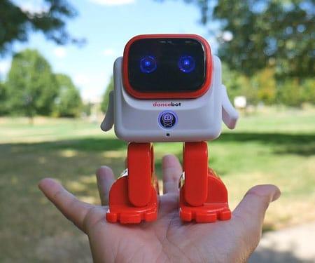 Smart Dancing Robot Speaker