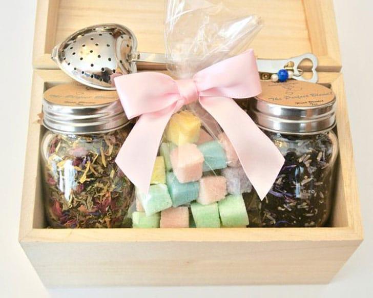 Tea Gift Set Sugar Cubes, Loose Leaf Tea + Heart Tea Infuser