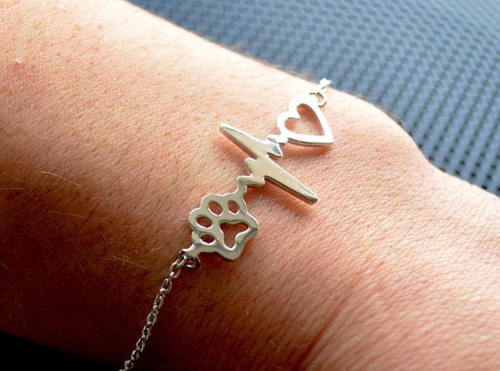 Veterinarian Heartbeat Bracelet