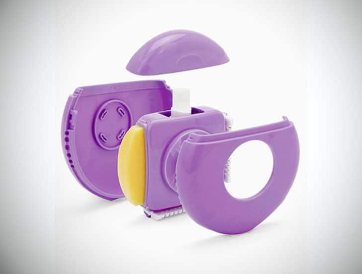 Women's Portable Shaving Kit