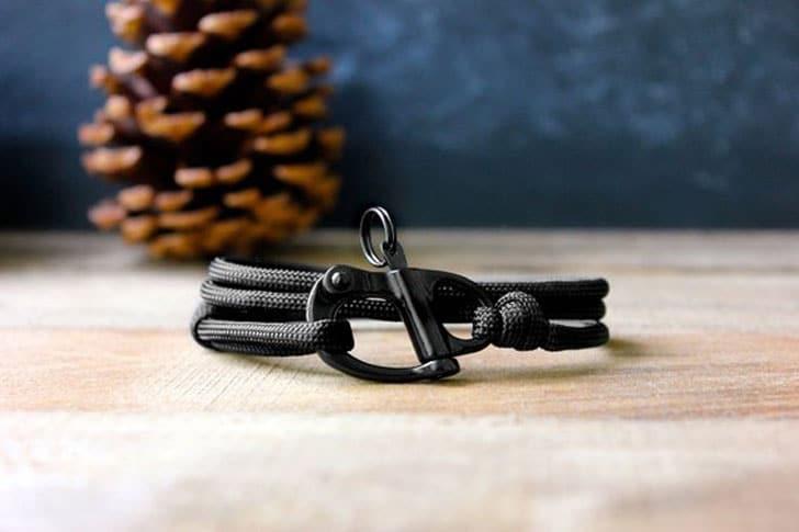 The Adventure Paracord Bracelet