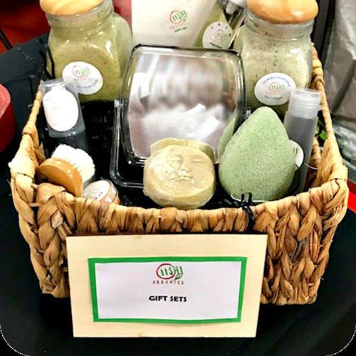 OiishiOrganics Vegan Gift Basket