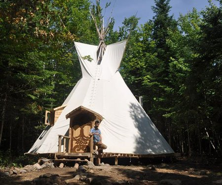 4 Season Off-Grid Tipi Accommodation