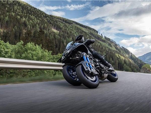 Yamaha 3-Wheeled NIKEN Motorcycle
