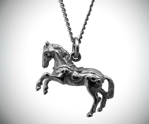 Silver Wealth Horse Talisman