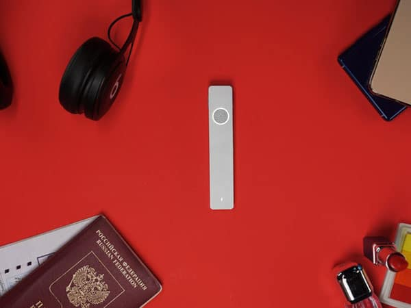 Pocket-Sized Multilingual Assistant Gadget
