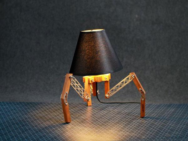 Spider Decor Adjustable Desk Lamp