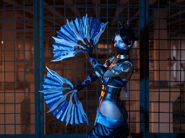 Kitana Mortal Kombat Costume