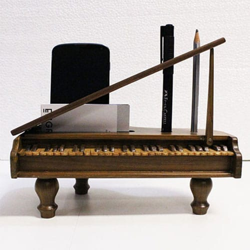 Minature Grand Piano Desk Organizer