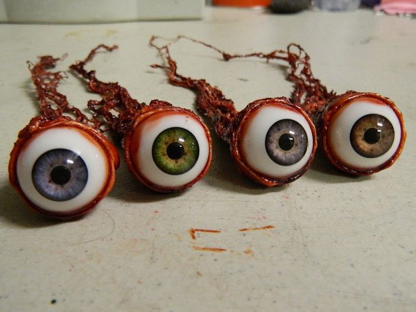 Halloween Prop - Realistic Human Ripped Out Eyeballs