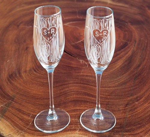 Set of 2 Personalized Etched Champagne Flutes
