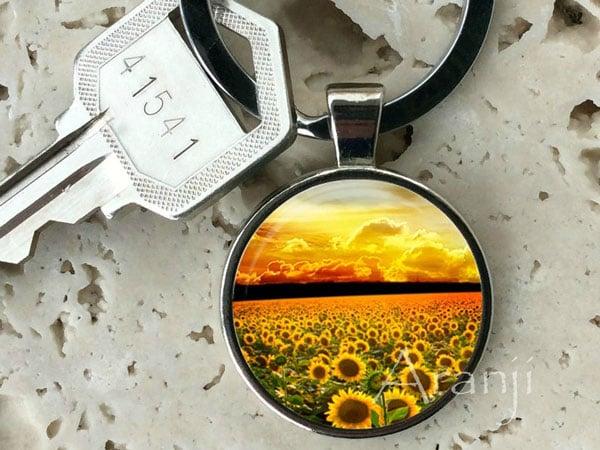 Field of Sunflowers Keychain - sunflower gift ideas