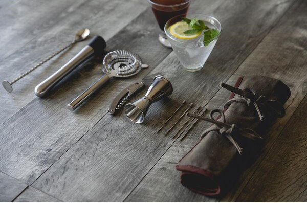 Roll Up 10 Piece Bar Tool Set - cool gifts for bartenders