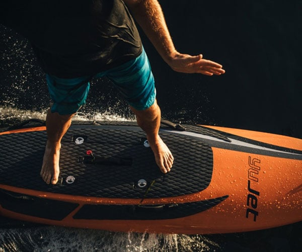YuJet Surfer
