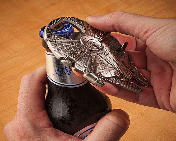 Star Wars Millenium Falcon Bottle Opener Keychain - Cool Bottle Openers