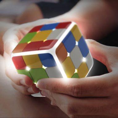 GoCube: Smart Connected Puzzle Cube