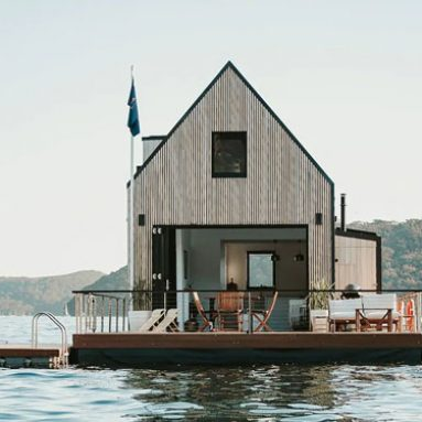 Rentable Solar Floating Villa
