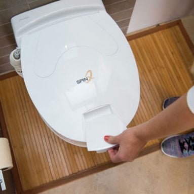 SPINX: Toilet Cleaning Robot