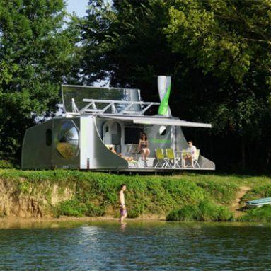 Self-Sufficient Expanding Camper Caravans